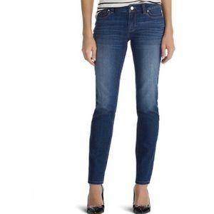 White House Black Market • Slim Leg Jean